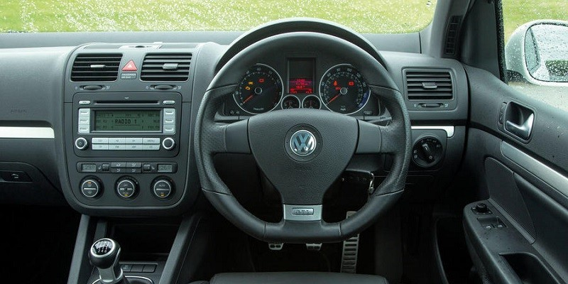 VW Golf MK5 (Right hand drive)