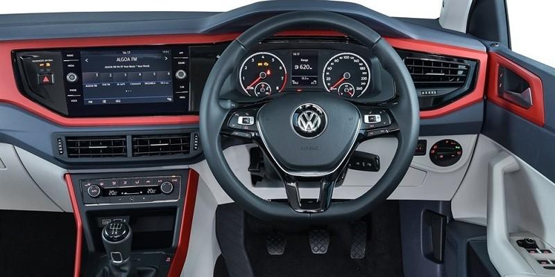 VW Polo 2G AW (Volant à droite)