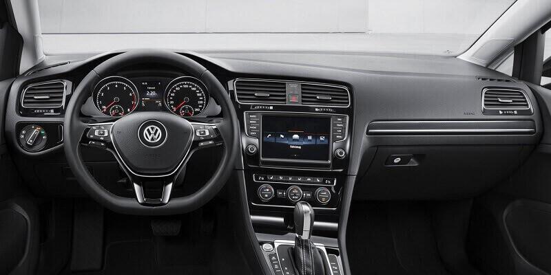 VW Golf MK7 (Volante a la izquierda)