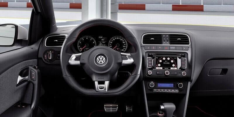 VW Polo 6R  (Volant à gauche)