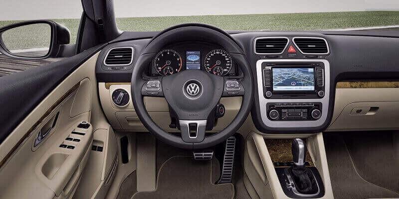 VW Eos (Volante a la izquierda)